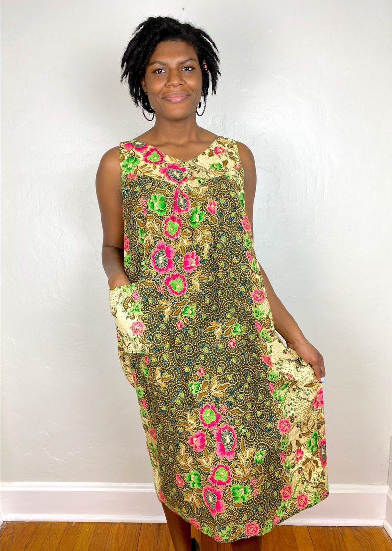 Vintage Floral /& Batik Style Patterning Sleeveless Cotton Dress