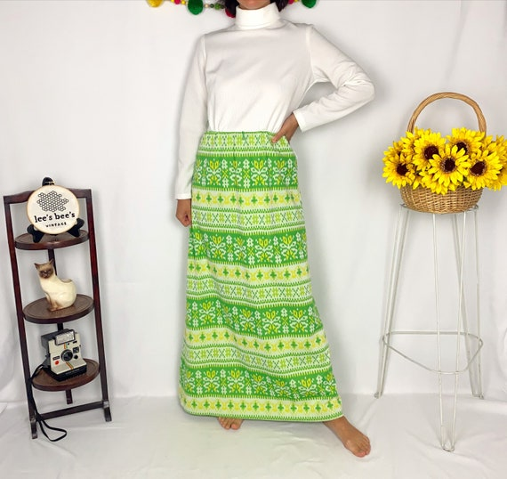 Vintage 60s/70s Bright Green & Yellow Vicky Vaugh… - image 2