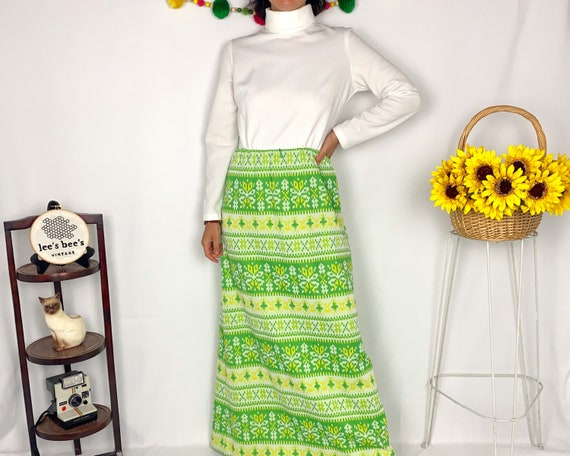 Vintage 60s/70s Bright Green & Yellow Vicky Vaugh… - image 1