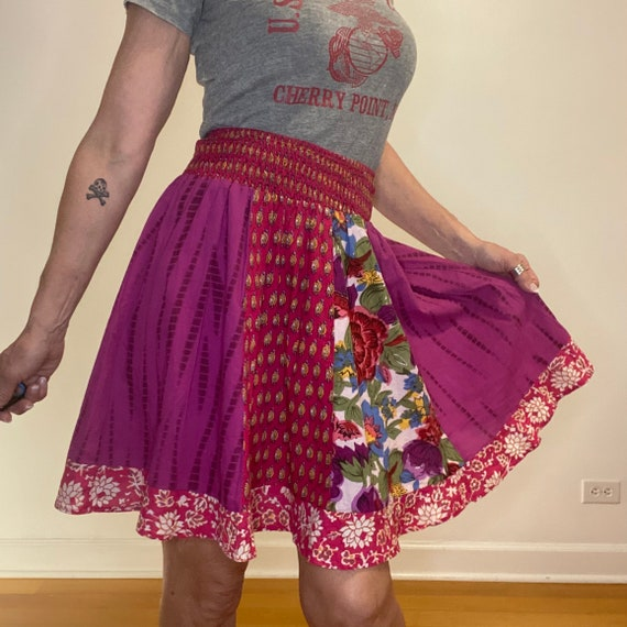Vintage FULL Skirt Fun Twirly Girl Ruffles Red Cotton Valentine Hearts /& Floral Calico LWaist 33