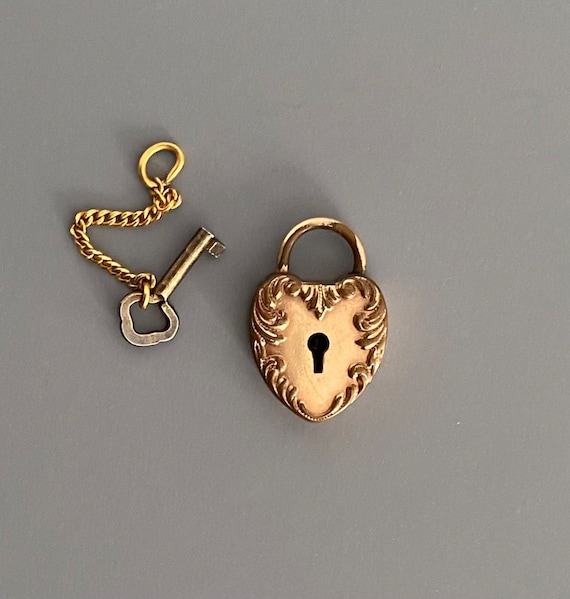 Victorian Rose Rolled Gold Heart Padlock Charm Pen