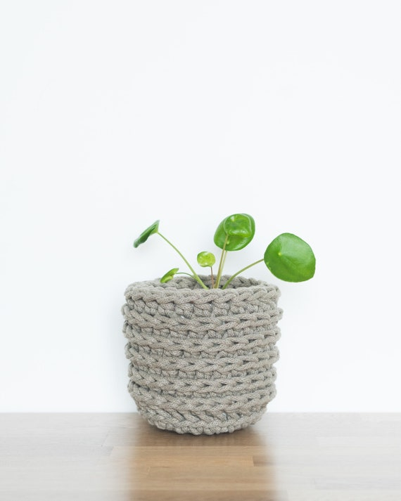 Indoor plant pot | Small | Taupe