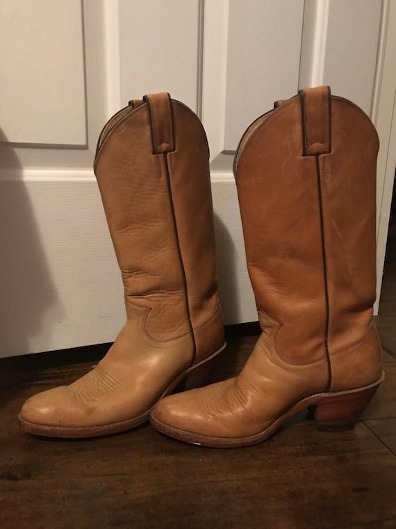 Vintage Ladies Justin Cowboy Boots