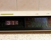 Vintage Philips 440 alarm flip clock 1975 1975. Very rare fully working condition. Free shipping.