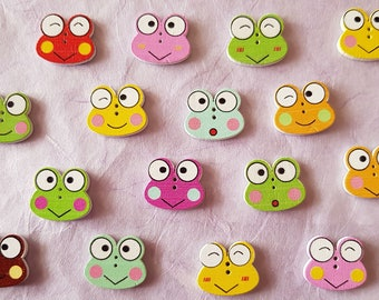 1 wooden button frog smile wink oohhh 20 x 18 mm