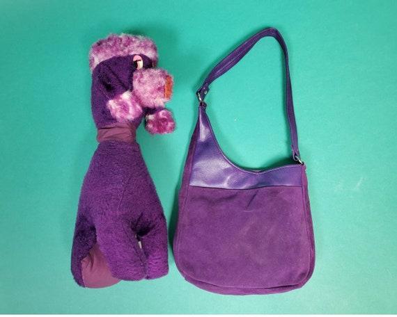 Vintage 1960s mod shoulder bag. Grape purple suede