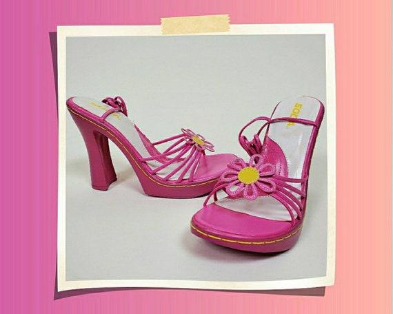 Deadstock 90s pink funkadelic heels by SODA. Vinta
