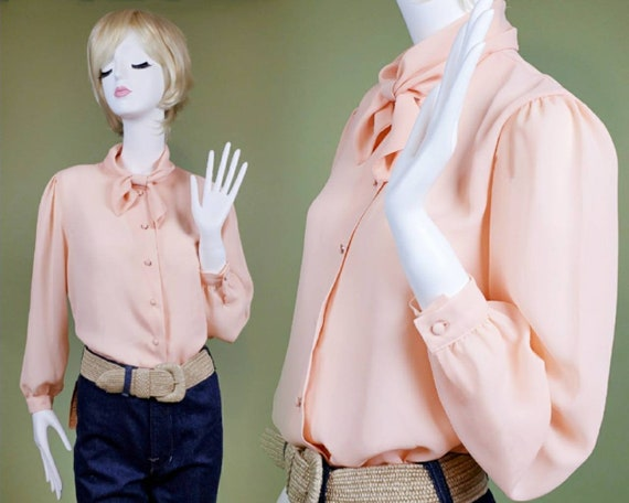Vintage 70s/80s peach pussy bow blouse by Henry Le