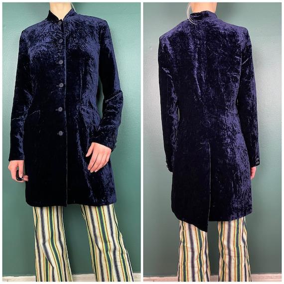 90s Does 60s Vintage Navy Blue Crushed Velvet Jack
