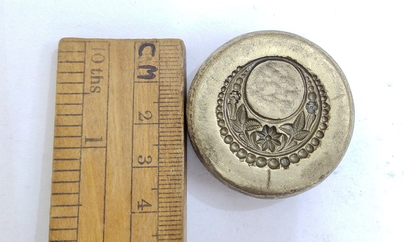 Vintage Jewelry Earring Tops Die Mold Mould hand-engraved on Bronze DIY India SKU ML39