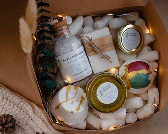 Christmas gift box, holiday gift box for women, gift box for mom, natural spa gift set, natural spa basket, spa kit gift