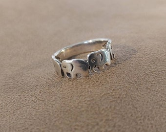 Sterling Silver Elephant Ring 925 Elephant Family Ring Stackable Ring Solid Elephant Stacking Ring