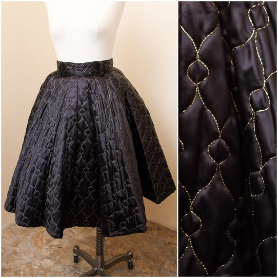 Vintage Poodle Skirt | Black & Gold Circle High Wa