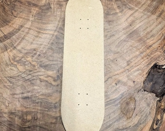 MAKERS REUSABLE MOLD™ Skateboard with predrilled holes Blank/ Template