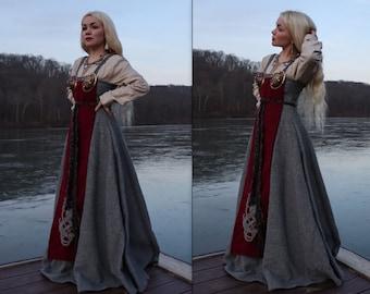 Sveg - Apron dress set