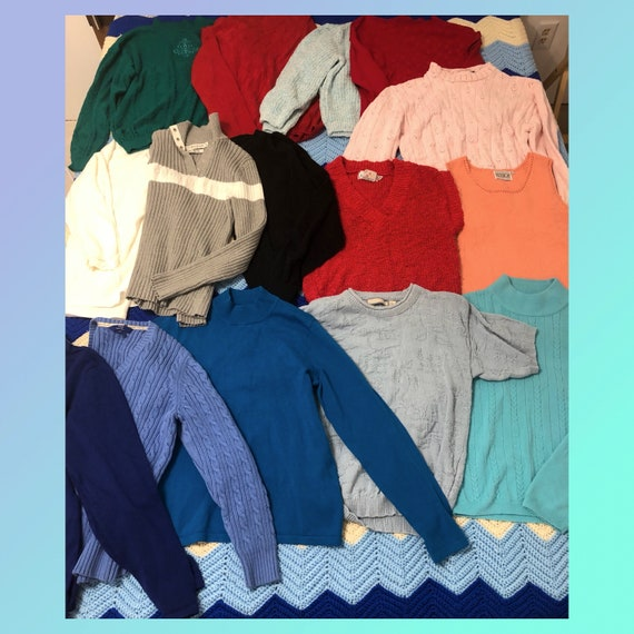 Vintage Sweaters and Knits Wholesale Lot Size Smal