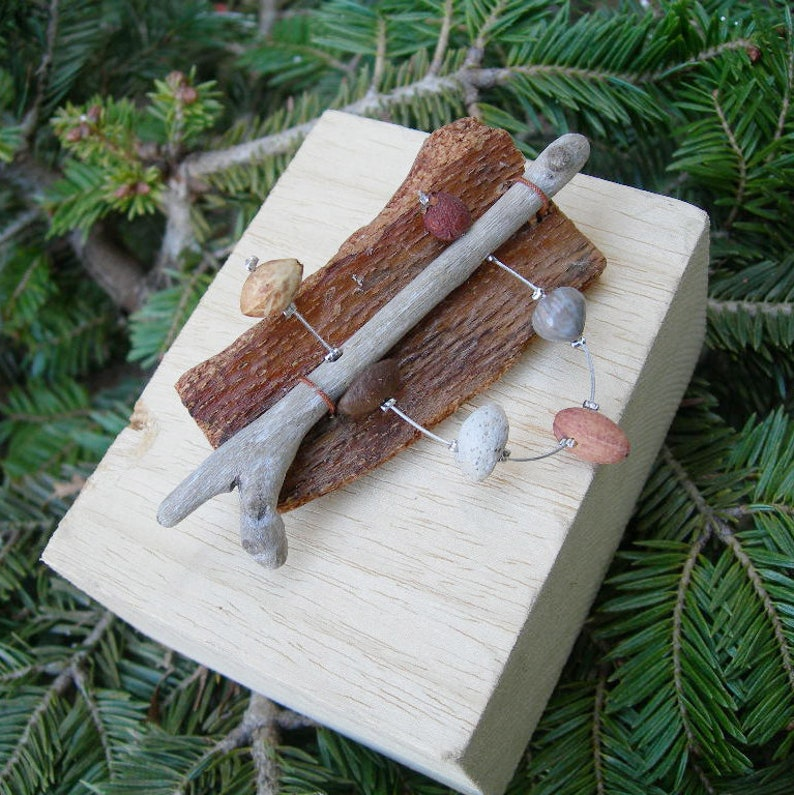 Eco Friendly Jewellery Drift Wood Jewelry Beech bark Brooch with Driftwood Pumice-Natural stuff-Recycled Jewels-Pin-FREE SHIPPING. Seeds