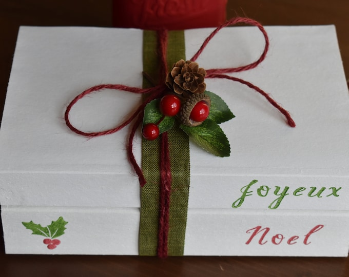 Joyeux Noel, Christmas stamped books, Rustic Christmas decor, Farmhouse Christmas decor, seasonal home gifts, Personalised Christmas present