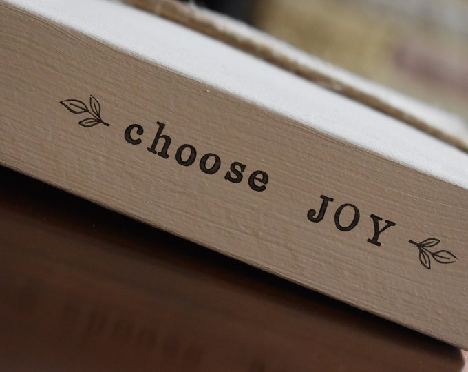 Choose Joy, Farmhouse Book Stack, Custom Stamped Books, Painted Decorative Books, Rustic Shelf Decor, Vintage Table Decor, Personalised Gift