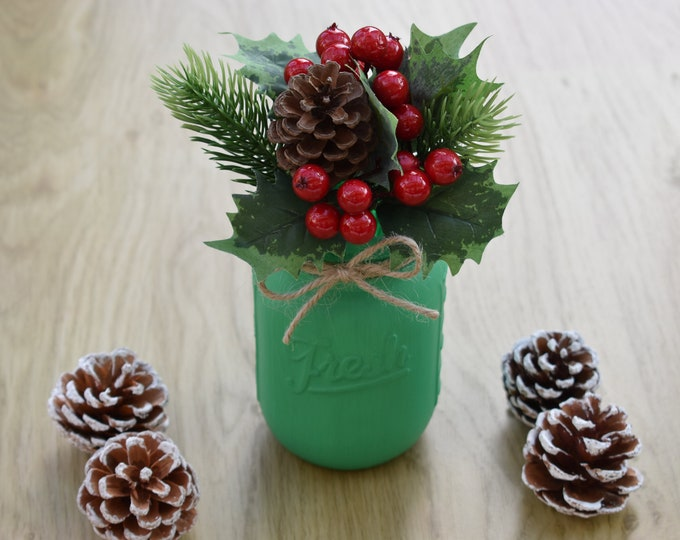 Festive mason jar with berry, holly and pinecone, Christmas mason jar decor, Holiday table centrepiece, Farmhouse shelf decor, Rustic gifts