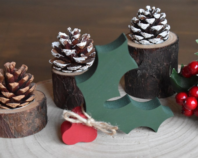 Painted wooden holly, Christmas tiered tray decor, Farmhouse Christmas decor, Rustic Christmas ornaments for shelf, Festive mantel decor