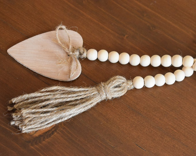 Natural Farmhouse Wooden Bead Garland With Tassels, Wooden Heart Tag, Tiered Tray Decor, Rustic Shelf Decor, Coffee Table Decor, Home Gifts