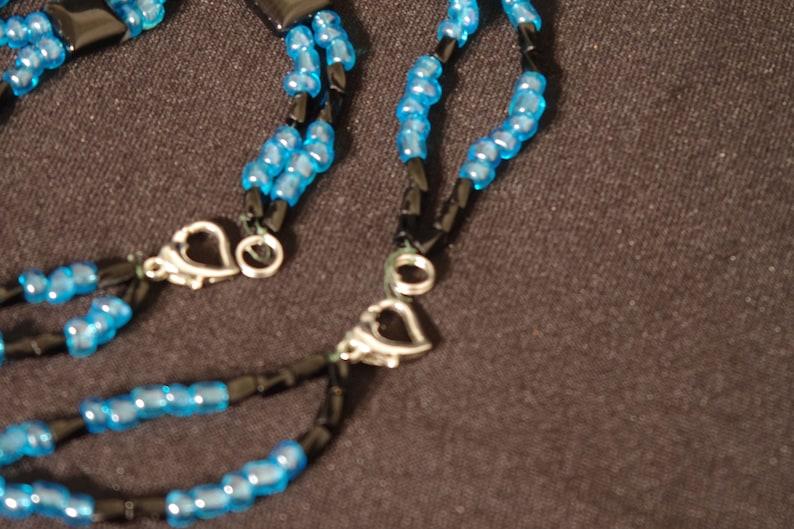 5 I    Black Onyx and blue glass beaded necklace and matching bracelet set