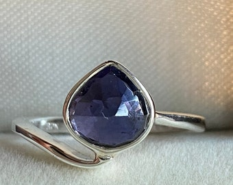 Blue Ring For Women 925 Sterling Silver Statement Iolite Ring Natural Iolite Gemstone Multi Stone Design Modern Unique Terrazzo Style