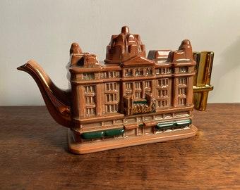 Cardew Design Harrods Knightsbridge Teapot