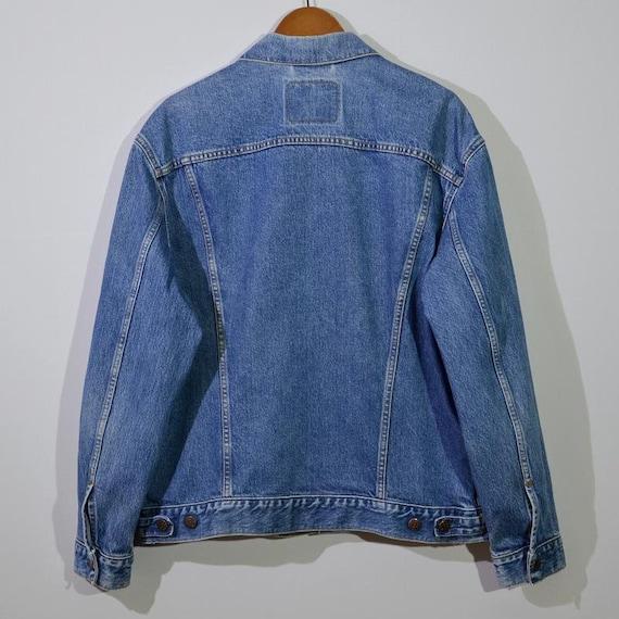 vintage Levi's jeans tracker - image 2
