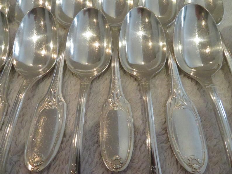 12 cuillères dessert entremets métal argenté style Louis Orfèvre Christofle mod Marie Antoinette 1900 french silver-plated dessert spoons