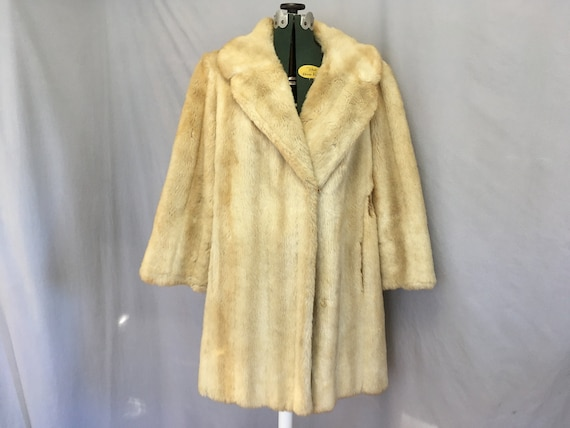 Fake / faux beige vintage fur womens coat