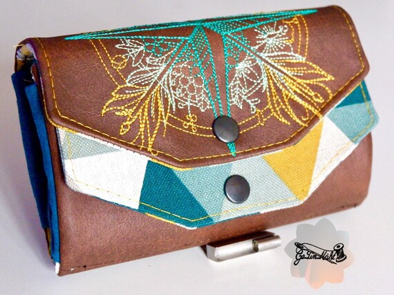 Stock exchange leather coin holder pushed back with various patterns