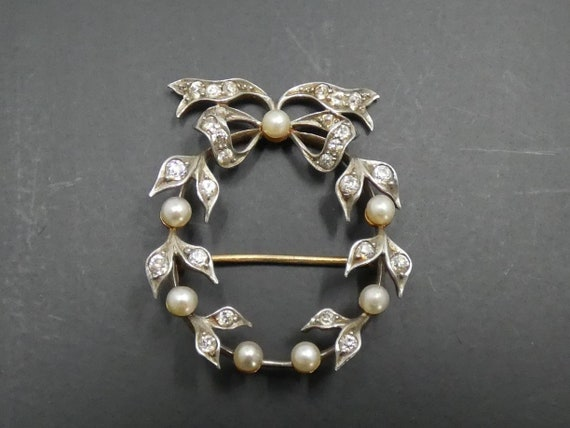 Vintage Diamond & Pearl Brooch - image 1