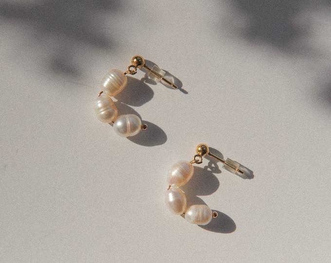 freshwater pearl J hoop studs