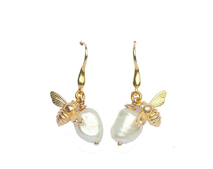 HONEY PEARL EARRINGS