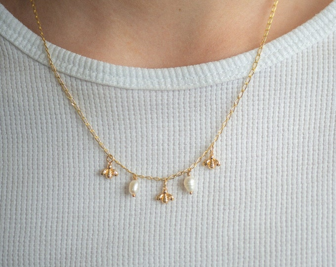 STINGLESS BEE NECKLACE