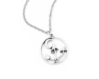 Mushroom Necklace for Women, Moon Necklace Gift for Girlfriend, Mushroomcore, Boho Jewelry, Shroom Jewelry, Forestcore, Cottagecore, Vegan