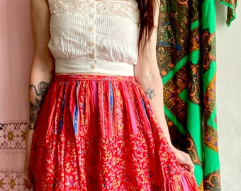 1970s red floral prairie skirt - Size S
