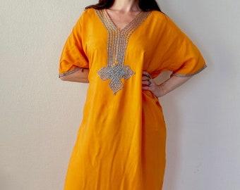 1970s embroidered orange Moroccan kaftan dress - Free size