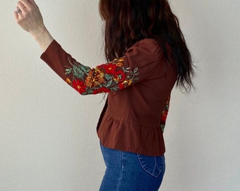 1970s flower embroidered rayon blouse - Size S