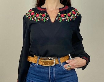 1970s black Hungarian embroidered peasant blouse - Size S