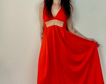 1970s orange red gold embroidered maxi dress - Size  M