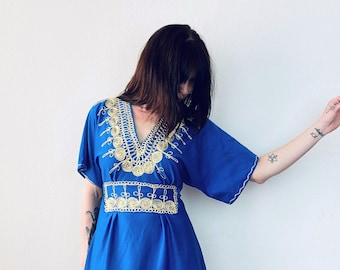 1970s gold embroidered Moroccan kaftan dress - Size S M
