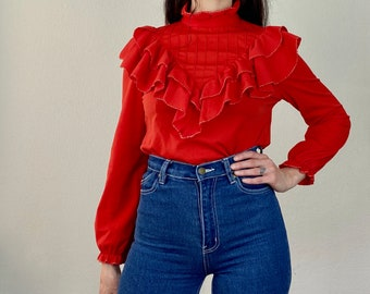 1970s red ruffle collar blouse - Size S - M
