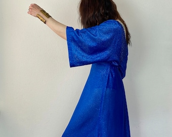 1970s Amazing blue metallic kimono sleeve maxi dress - Size S M