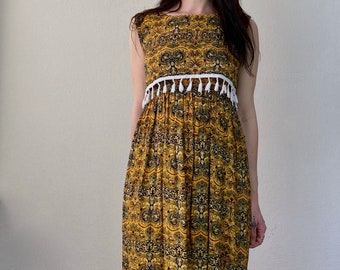1970s Fringed mustard paisley dress - Size S