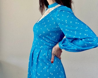 1970s turquoise blue prairie dress - Size M