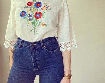 1970s Handmade embroidered lace blouse - Size S