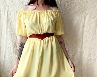 1970s soft yellow sheer chiffon dress - Size M